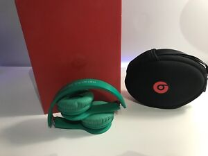 Beats solo green edition by Dr Dre (URGENT)