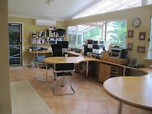 Office/Studio Workbench/Desk System Bayswater Bayswater Area Preview