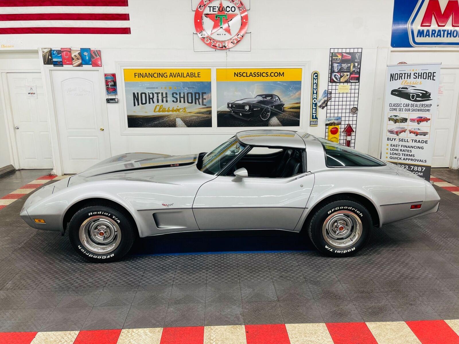 1979 Silver Chevrolet Corvette   | C3 Corvette Photo 4
