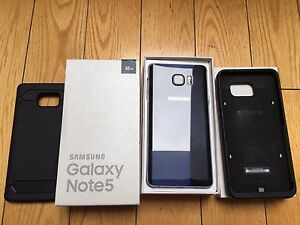 MINT SAMSUNG NOTE 5 32GB UNLOCKED WITH LOTS OF ACCESSORIES