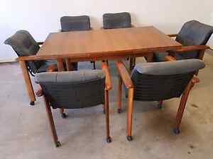 Extendable dining table and 6 chairs Little Bay Eastern Suburbs Preview