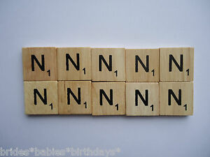 10-Ns-Wooden-Scrabble-Tiles-2cm-x-2cm-scrapbooking-Weddings-Pendants-Magnets