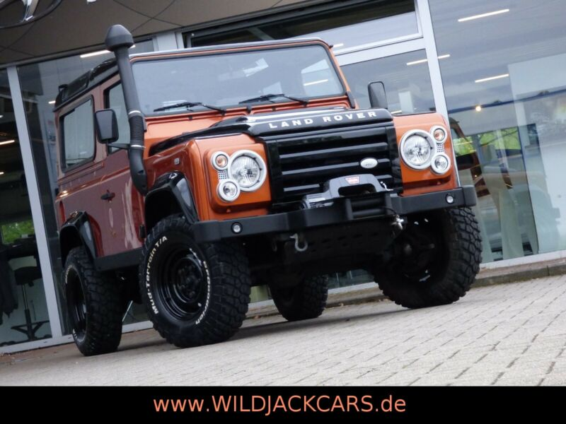 Land Rover Defender 90 Td4  FIRE & ICE *1.HD *20900 KM