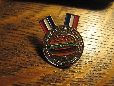 McDonald's Hamburger Restaurant Taste Trials Game Crew 2002 Worker Lapel Hat Pin ()