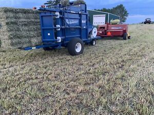 New Holland Square Baler | Kijiji in Alberta  - Buy, Sell