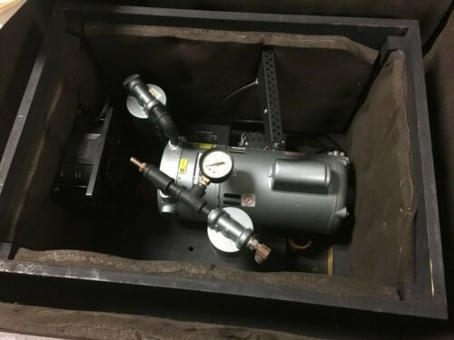GAST MFG Model 1022-V103-G272X Vacuum Pump