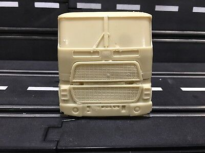 1/32 RESIN Ford CL-9000 CL9000 COE Cabover Semi Truck Cab