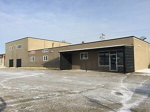 FOR LEASE....WETASKIWIN ....AUTOMILE....IDEAL LOCATION Edmonton Area image 1