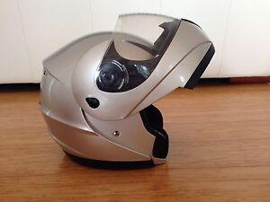 Flip-face helmet size M 57-58 Bogangar Tweed Heads Area Preview