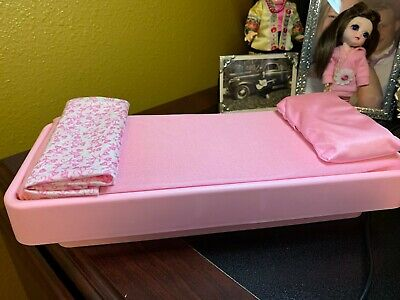 Vintage Barbie Bed Furniture 80's Great Condition