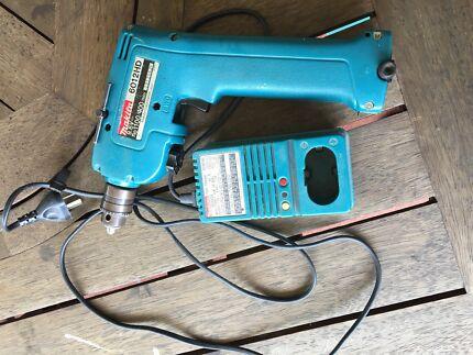 Makita cordless drill / driver Shailer Park Logan Area Preview