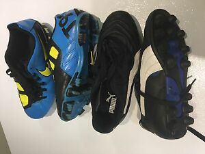 Nike / Puma Soccer shoes kids size 2 and 3 soulier soccer 2 et 3