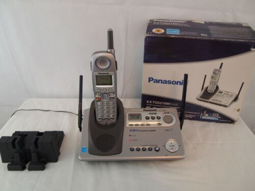 Panasonic KX-TG5210M 5.8 GHZ Expandable Cordless Phone System