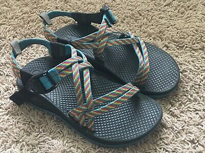 Girls Chaco Sandals Size 2 Multi Color Rainbow Strap Blue Yellow Pink Yellow Girls Sandals