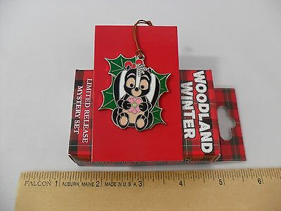NEW! FLOWER SKUNK REVEALED PIN WOODLAND WINTER LIMITED RELEASE DISNEY PARK BAMBI