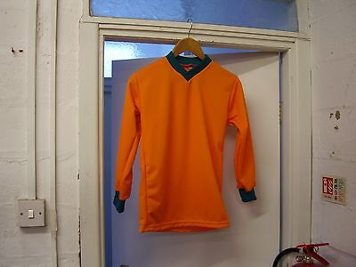 12 X 3032 CHEST FOOTBALL SHIRTS  BRAND NEW,SUIT 9-10 YERS OLD