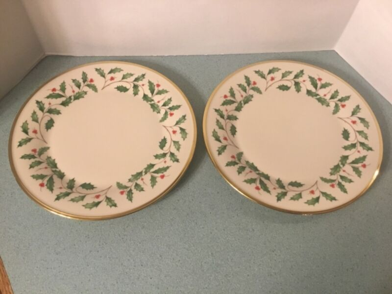 """Two Lenox Holliday~Holly Dimension 10.75"""" Dinner Plates EUC Made in USA"""