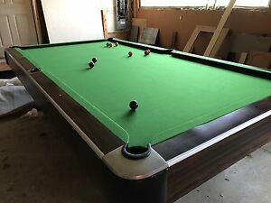 Full Size Pool/Snooker Table