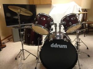 Complete ddrum Drum Set with Cymbals