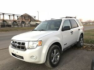 2010 Ford Escape Limited 4WD Fully Loaded