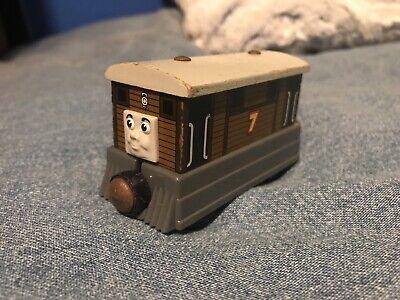 """Gullane Thomas The Train And Friends Wooden Magnetic """"Toby"""" Steam Train 2003"""