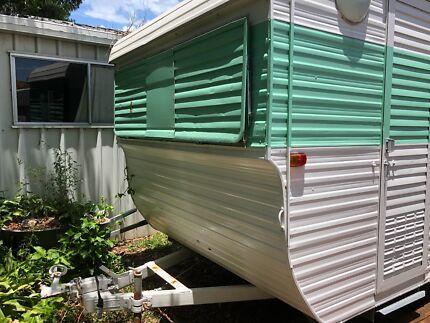 11 Foot Vintage Caravan