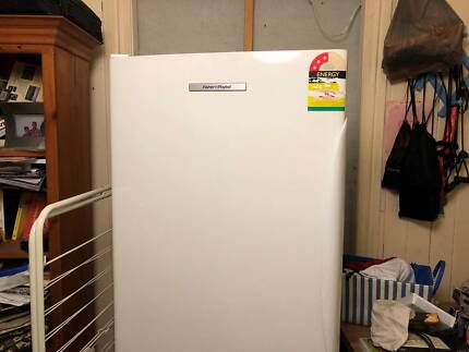 Upright Freezer - Fisher & Paykel (288 litres) Model N388