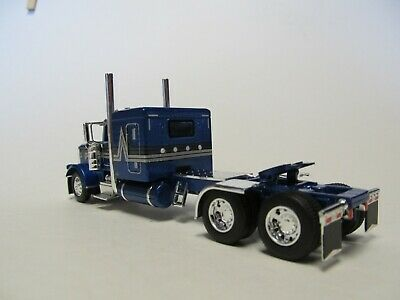 DCP FIRST GEAR 1/64 SCALE 389 PETERBILT FLAT TOP, BLUE WITH BLACK/ SILVER STRIPE 4