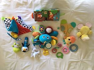 Baby toys - NEAR NEW Bethania Logan Area Preview