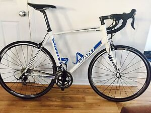 GIANT DEFY 1 / shimano 105  - 2013 à vendre/for sell
