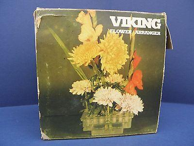 Организация поставок срезанных Vintage Plastic Flower