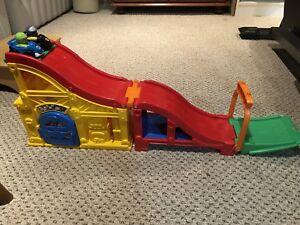 Little people racetrack