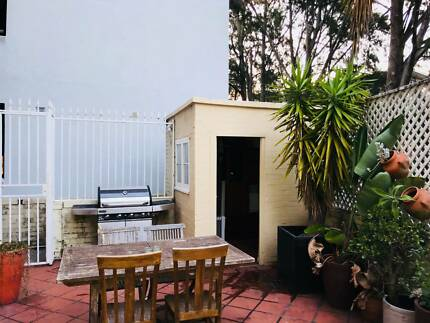 Room for rent in Double Bay $350