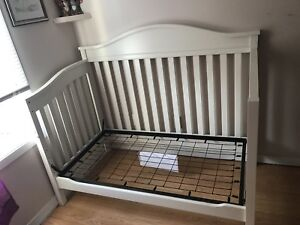 3 in 1 Crib/Toddler Bed/Double bed