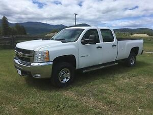 2009 Chevy silverado 3500 4x4  longbox