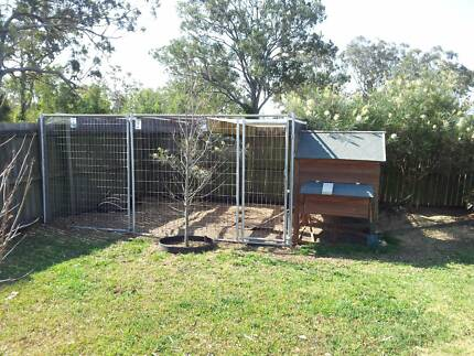 Chicken house and run