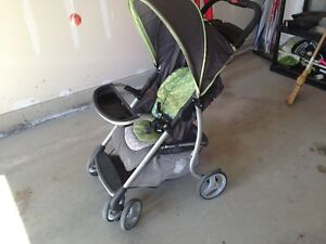 Evenflo stroller, works perfectly.$25,00.best price on Kiji