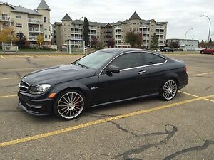MERCEDES C63 AMG P31 PACKAGE LOW LOW KMS!!