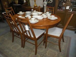 LOVELY 7 PC VINTAGE RETRO FRUITWOOD DINING TABLE & CHAIR SET