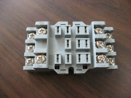NNB Westinghouse MRS3BST Cube Relay Base (11 Pin Square)