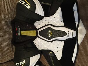 Lacrosse chest protector and elbow pads