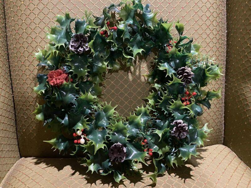 "Vintage 1950s Plastic Holly Wreath 14"""