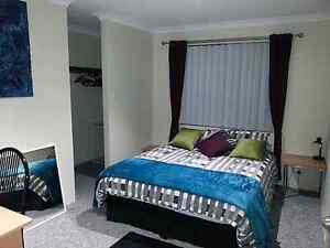 room to rent with lockup garage in WARWICK Joondalup Joondalup Area Preview