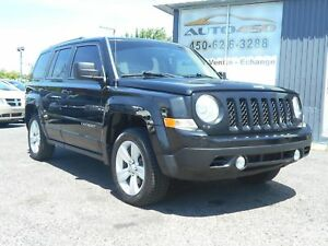 Jeep Patriot NORTH EDITION 2012 ***MAGS,AIR CLIMATISE,4X4***
