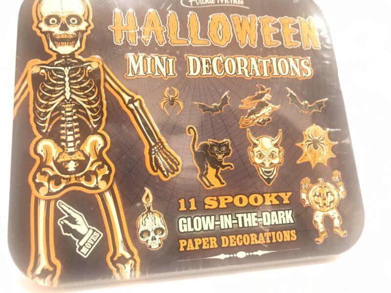 BEISTLE HALLOWEEN Decorations Die Cut Mini Glow in Dark Tin Box Witch, Bat, Cat