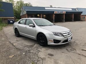 2010 Ford Fusion [CERTIFIED] + DRIVES EXCELLENT