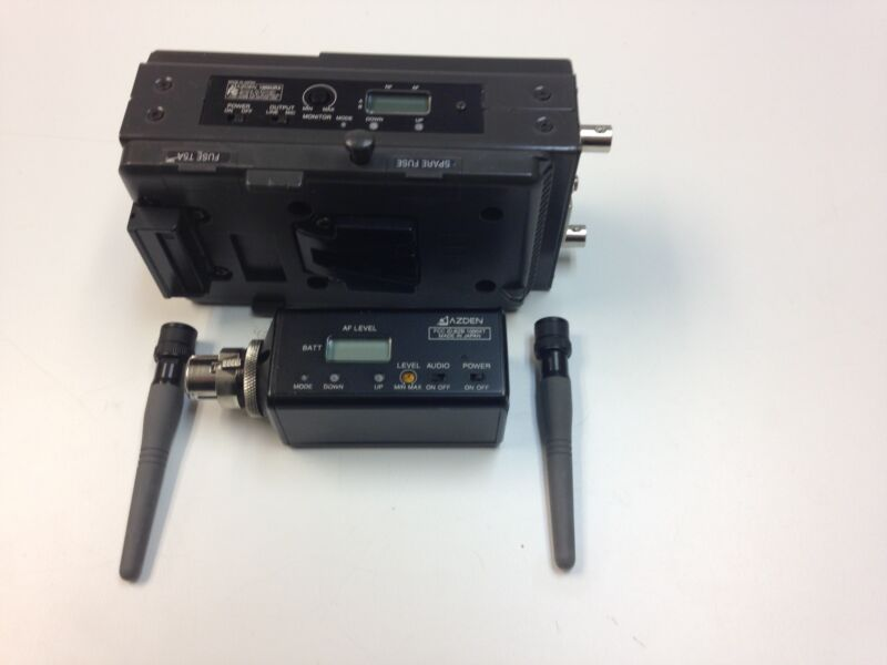 "Azden (1000 URX) Receiver & Azden Transmitter (100XT) for Sony ""V"" Mount Camera"