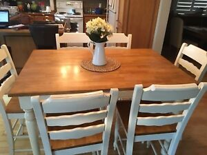 Country Kitchen Pub Table and 6 Chairs