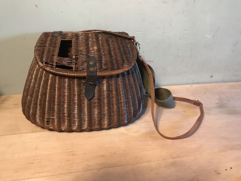 Vintage Wicker Fly Fishing Creel Basket With Strap