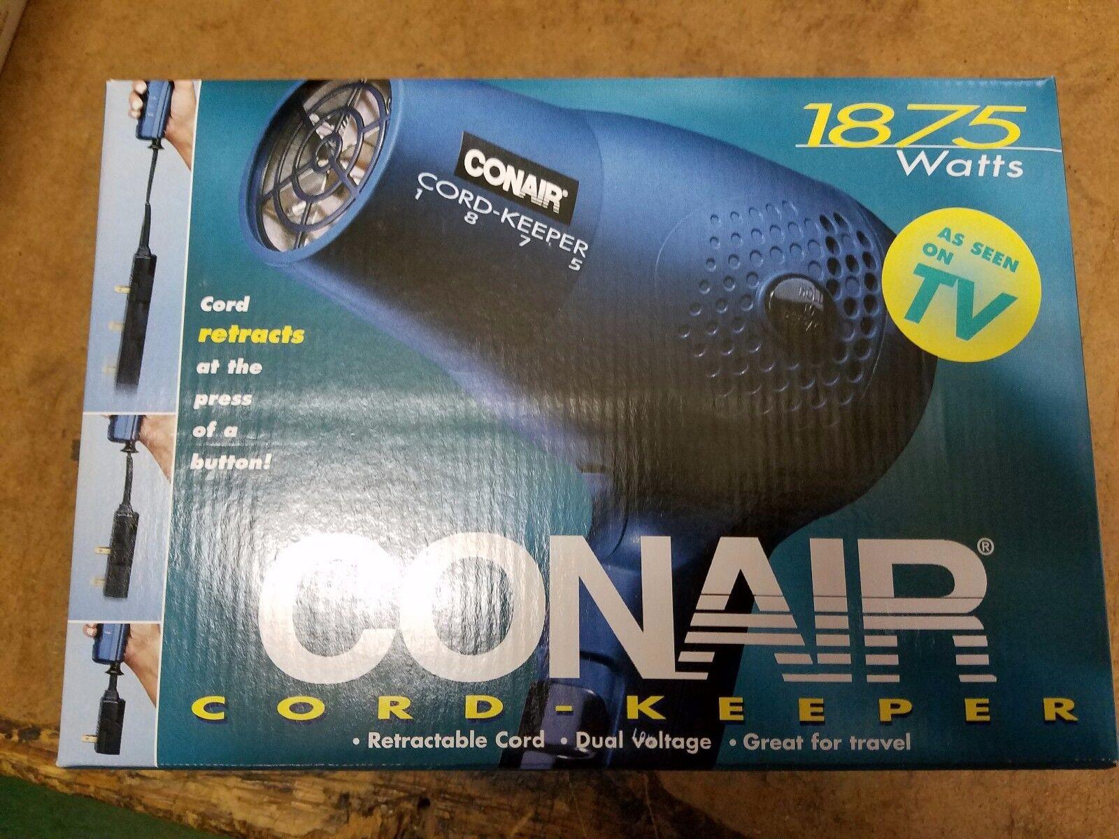 Conair cord keeper  with retractable cord blow dryer NIB NOS